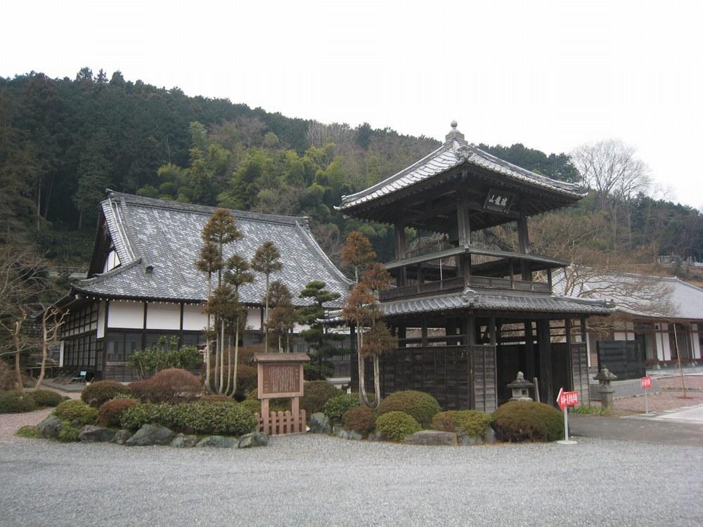 『【沿線散歩】小川町 風格のある西光寺』 - イーシティさいたま